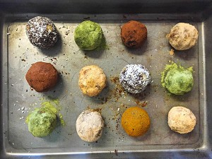 superfood powdered date energy balls