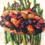 balsamic chicken with figs and beets over asparagus